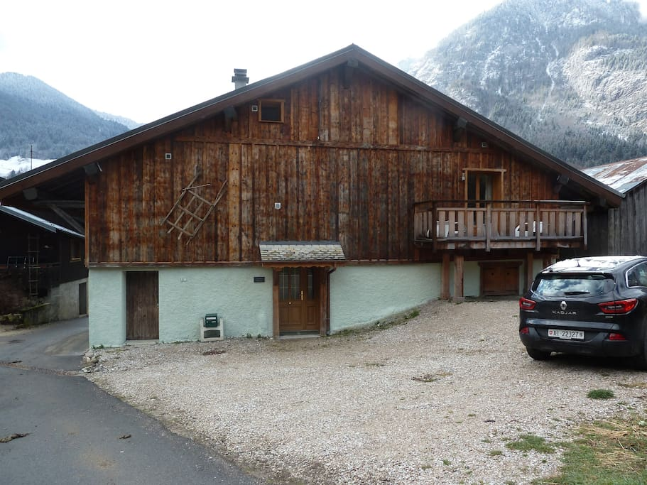 Chalet Helene and Driveway