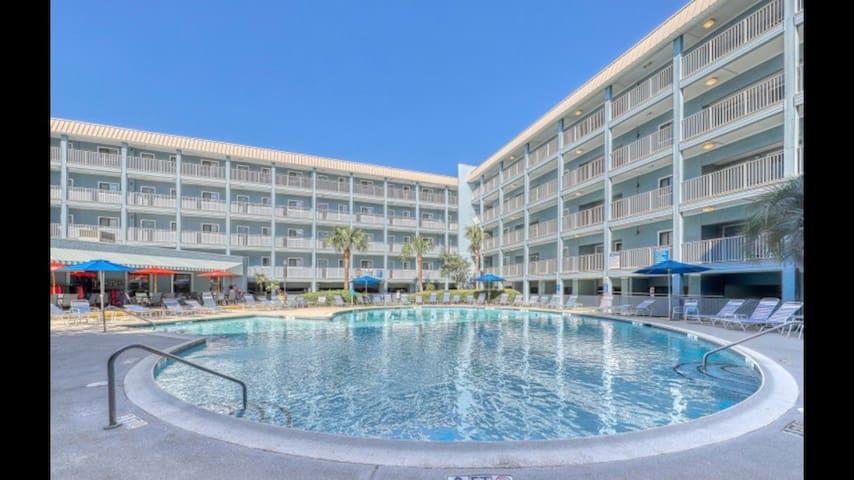 Entire Oceanfront Resort Villa Beach Access, Pools