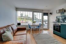 Cosy flat on Tenby's beachfront