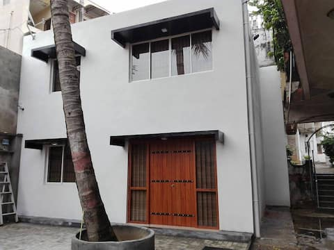HOME AWAY FROM HOME, COLOMBO 13. (KOTAHENA)