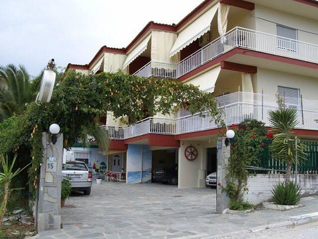 anestis-apartments