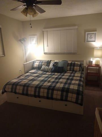 Room in Brevard