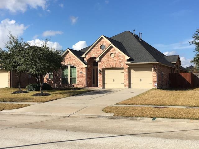 Charming Super Bowl Home close to airport! - Houston