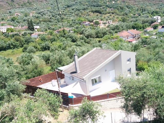 VILLADA - villa with private pool - Margariti - Villa