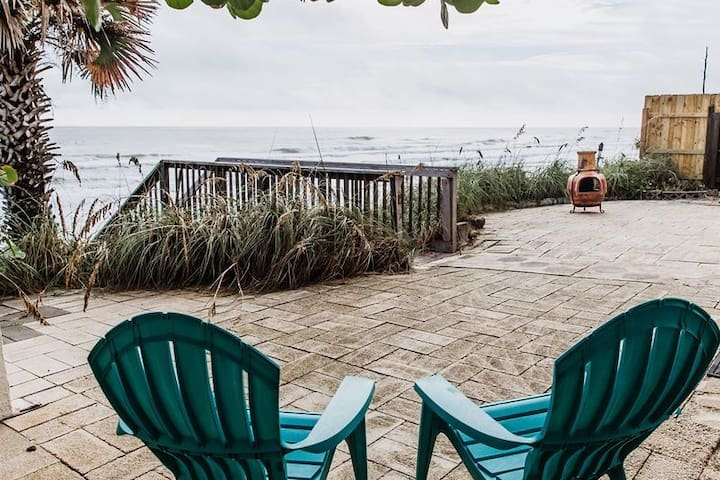 Oceanfront Home On Quiet Drive Free Beach