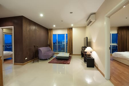 2BD ABSOLUTE RiverFront 112sqm Luxury Condo HiRise - Bangkok - Apartment