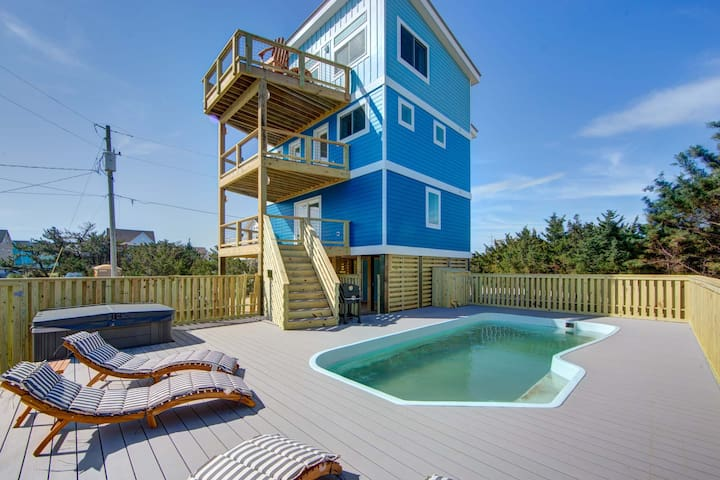 NEW CONSTRUCTION--4 bed w/ private pool. steps way from beach