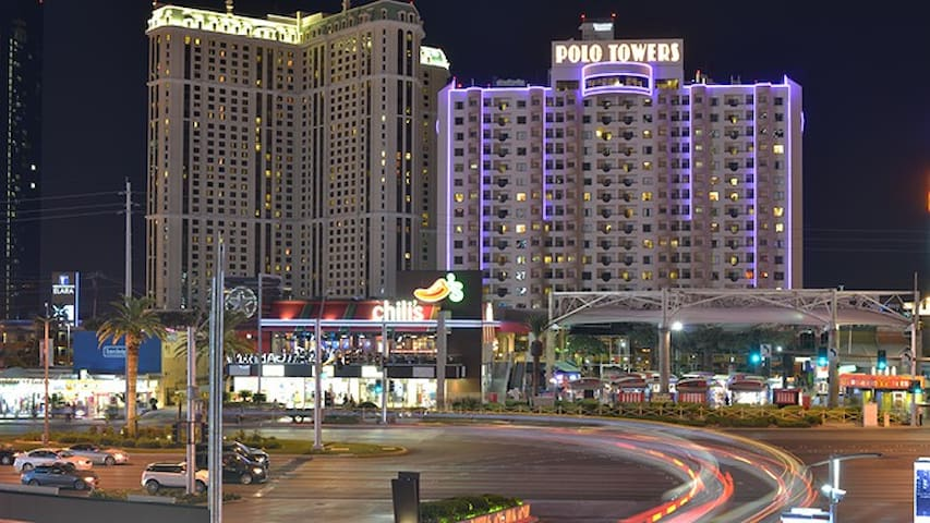 Polo Towers 1 bdrm