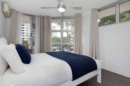 2 bed apartment in Kangaroo Point - カンガルーポイント