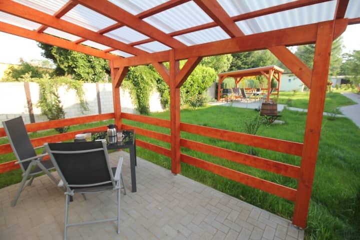 Morgentau,  mit Terrasse und Gartennutzung