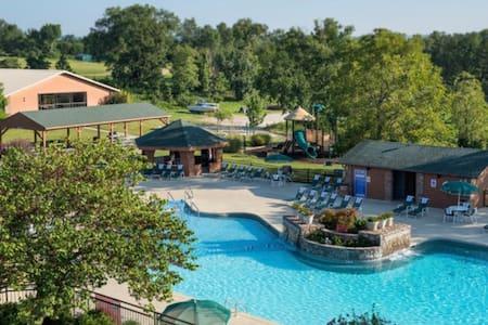 One Bedroom Villa at Branson Westgate Resort