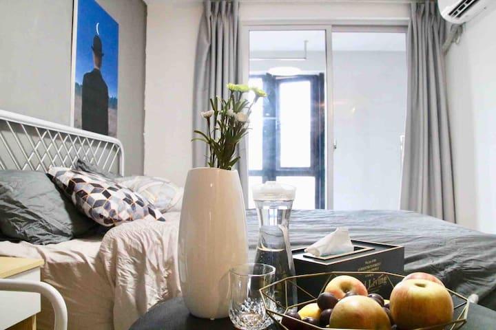 {有月}公寓简约  北欧  双人  小清新仓山万达爱情海 海峡奥体中心   可做饭