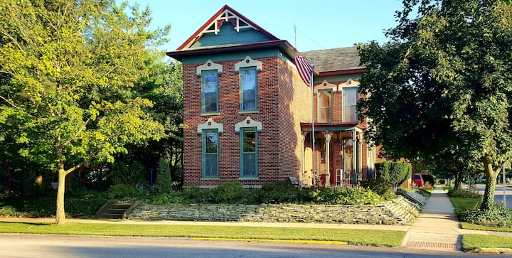Historic Notre Dame Bed & Breakfast