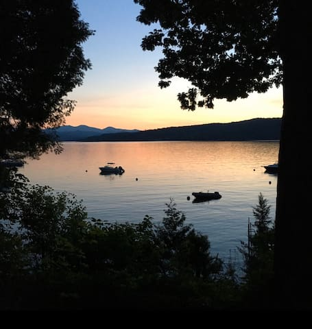 Cozy lake front home on historic Lake Champlain VT