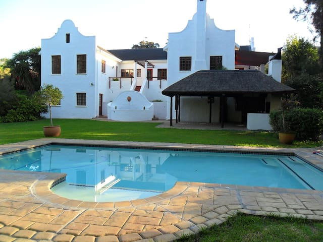 Lovely Constantia Self-catering Unit - Cape Town - Apartemen