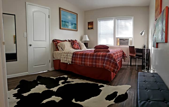★  Best for couples ★ COZY, LOVELY & RENOVATED