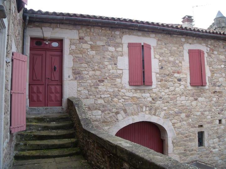 Gîte Sud Aveyron au coeur de Saint Victor