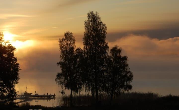 Trivsamt hus i natur-  och kulturmiljö på Adelsö