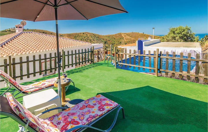 Amazing home in Torrox with 3 Bedrooms