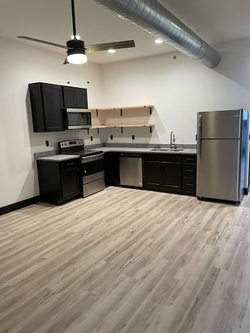 Luxurious Stay Overlooking Downtown Dubuque