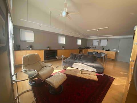 Large Modern Studio Apartment with Beautiful Views