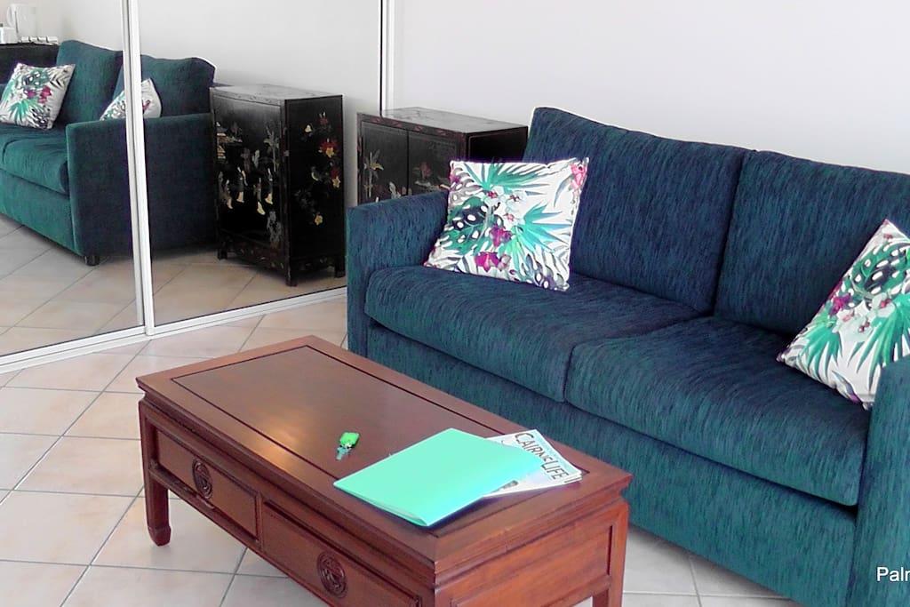 Adjoining Sitting Room