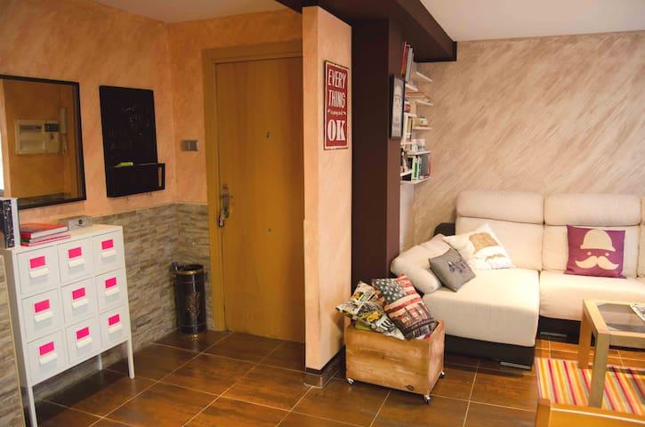 Moderno piso amplio y luminoso a 5 min estación - València - 公寓