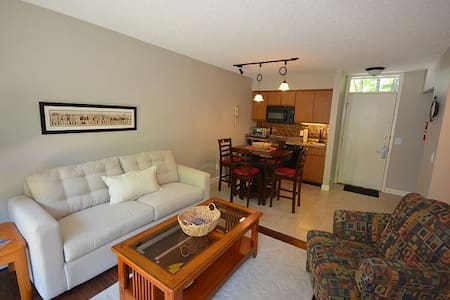 Grand Traverse Resort - Condo at The Shores - Williamsburg