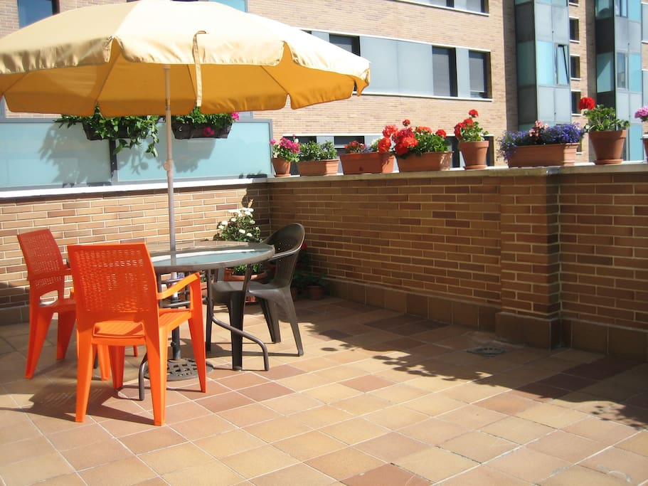 Large terrace.... and to have a sun bath !!!
