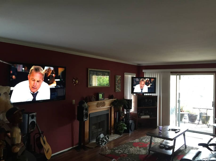 enjoy netflix, hulu or any streaming site on two TV's.  This is home theater at its best.