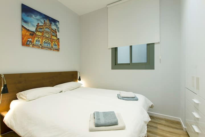 second bedroom with 140cm*200cm double bed