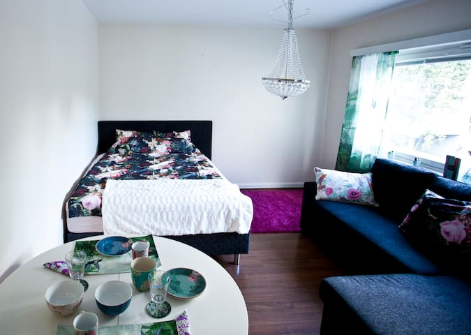 Mindfulness apartment in Malmi *WiFi *parking *tv