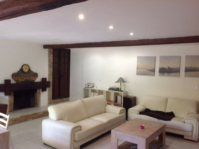 appartement dans villa cosy et tranquille