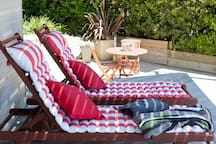Outdoor sun chairs