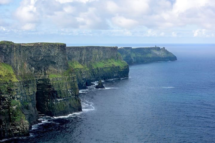 Ocean Haven, Cliffs of Moher - Double Ensuite Room - Liscannor - House