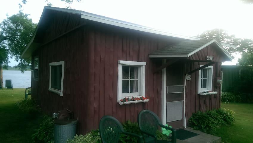 Thorndyke's Cabins - cabin #4973