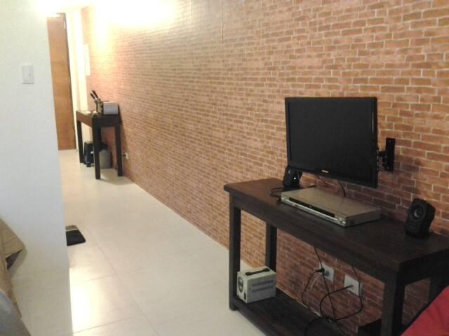 Studio Unit for Rent at Pico DeLoro - Nasugbu - Condominio