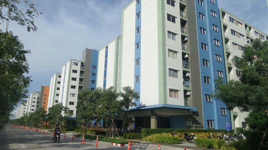 คอนโดลุมพินีทาวน์ชิปรังสิต - ตำบล ประชาธิปัตย์ - Appartement