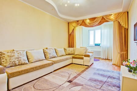 5 min. to GUM | Near Mossovet | Comfortable flat.