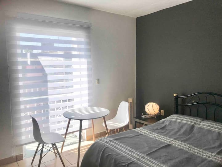 Studio for rent in downtown (14)