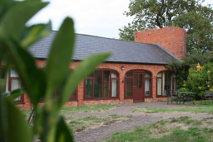 No.6 Coldham Cottages