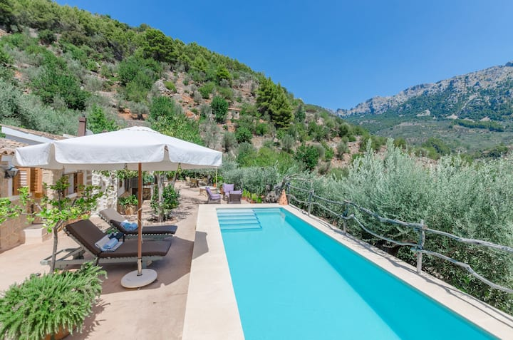 SES BEGUDES - Beautiful chalet with private pool and stunning mountain views.