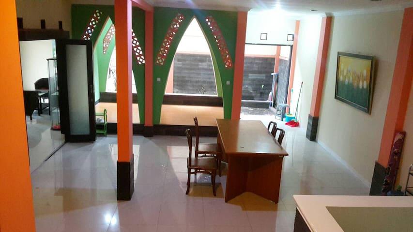 Bandung Guest House Murah - Bandung Kidul