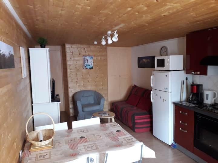 Allos: appartement 2 pièces centre village