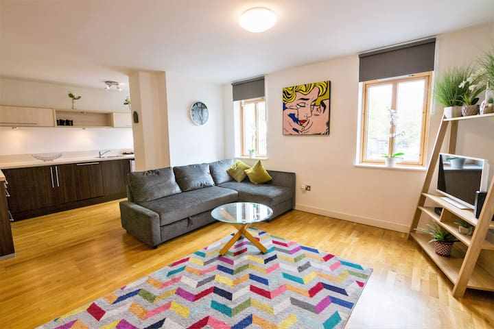 Lux City Centre 2 bedroom - Your Apartment