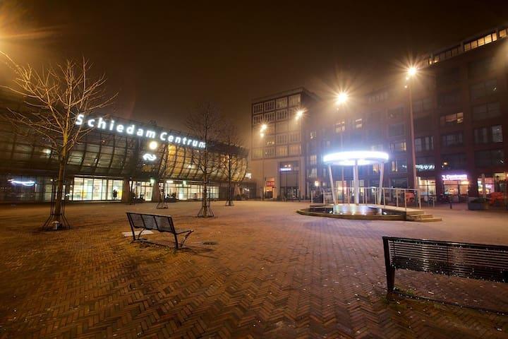 Another living box van Eva - Schiedam