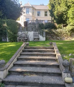 Strathmore Cottage, Dog friendly Luxury Break