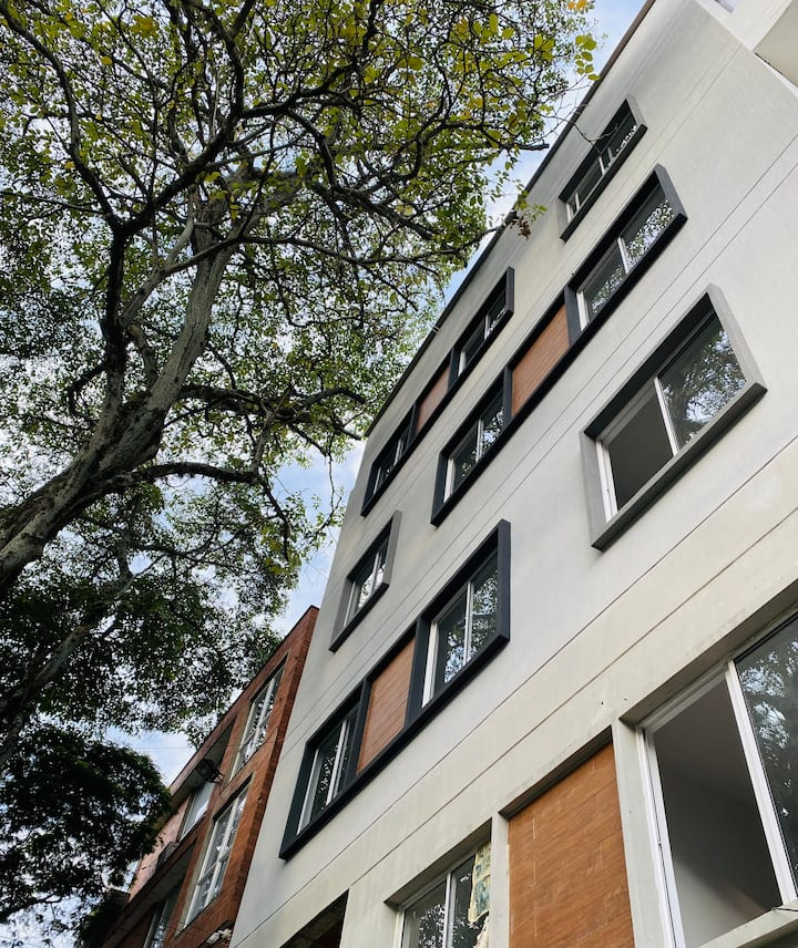 New, modern & complete flat in a great place
