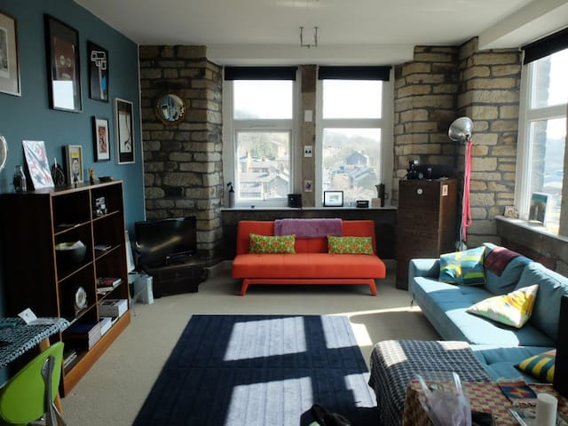 Artistic Mill Conversion Huddersfield 2 Bed/Sleep4