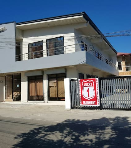Lucky one transient (3 bedroom house)
